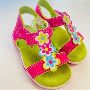 🍒$10 Add-On! Baby Sandals - Size 6.5